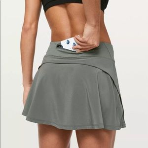 Play off pleats skirt grey gray sage Lululemon 6